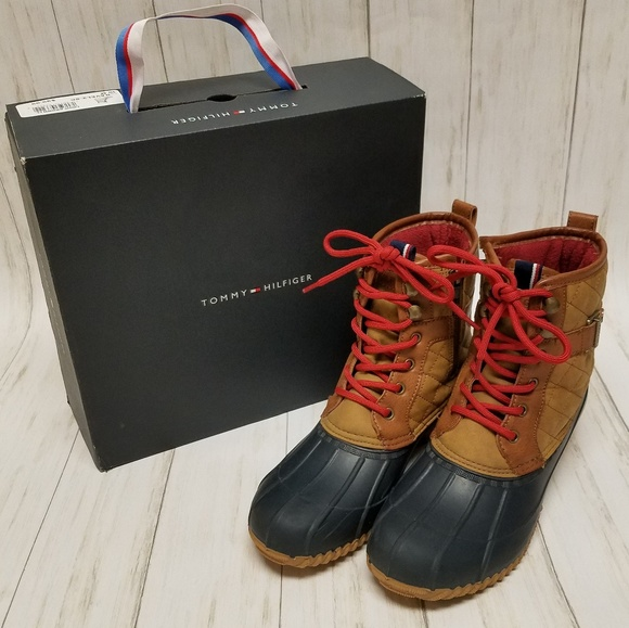 c2ef6d069 SALE TODAY ONLY! Tommy Hilfiger Duckboot Wsz 10. M 5bf634693e0caa553ad71708